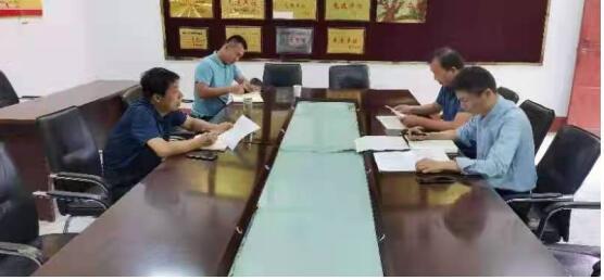 阜阳市政协副主席张华久到临泉县姜寨镇督